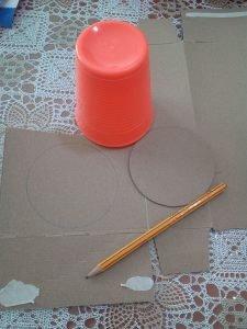 braccialetti colorati fai da te, costruzione telaio