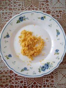 scorza grattugiata di limone, ciambelline sarde