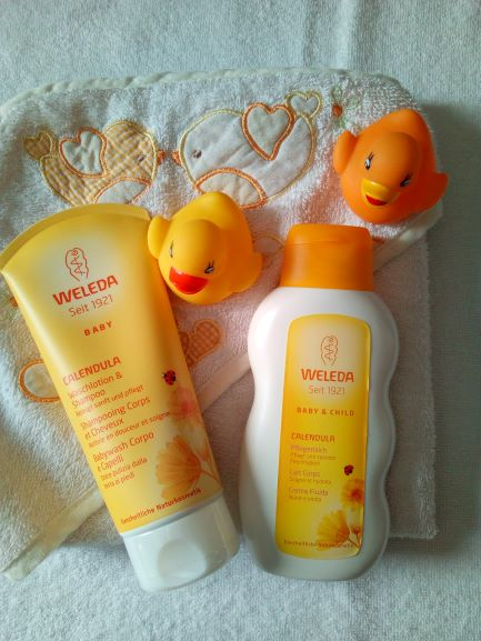 linea baby alla calendula di Weleda, baby wash e crema fluida