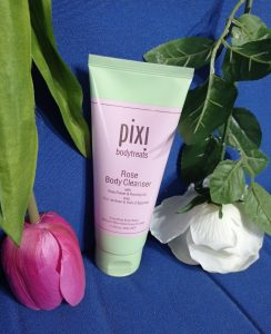 rose body cleanser Pixi beauty